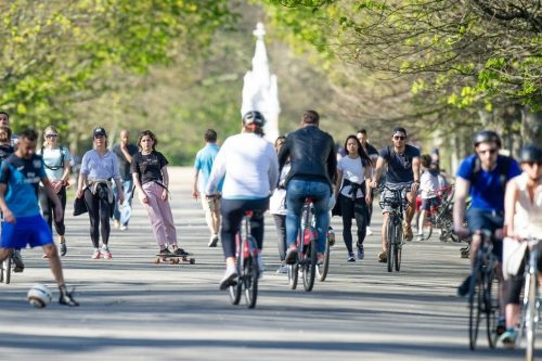 Cycling-The-Broadwalk-Regents-Park