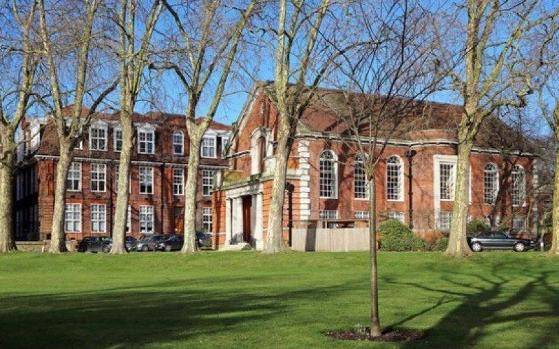 The-Main-Campus-of-Regents-University-@-Peter-Jeffree
